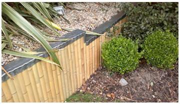 Cladding of retaining wall